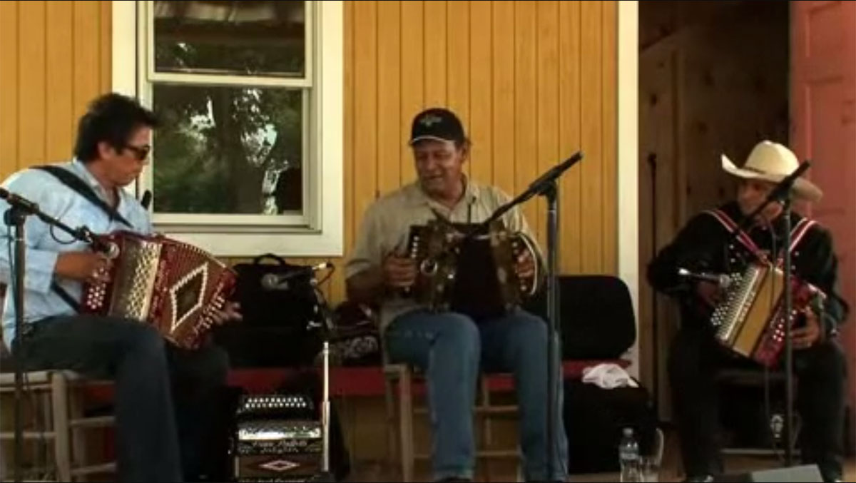 Accordionists Jamming: Traditions from Cajun and Conjunto