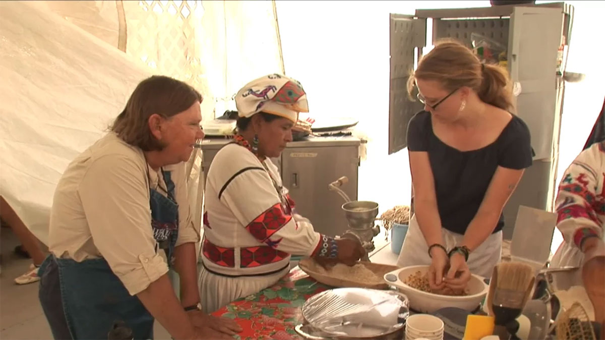 """""""Where Would We Be Without Corn?"""": Mexico Foodways Interns and Volunteers"""