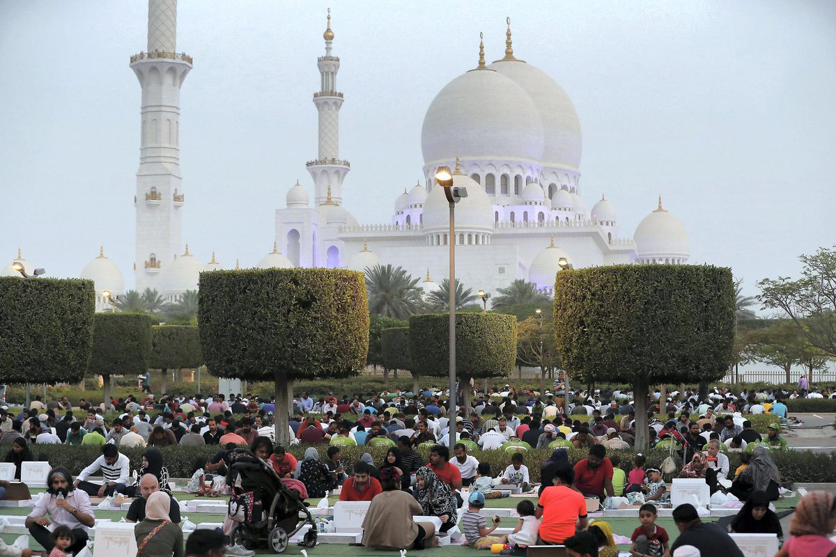 Families gather for a community iftar, or fast-breaking meal, outside the Sheikh Zayed Mosque in Abu Dhabi, United Arab Emirates. Photo courtesy of the Embassy of the United Arab Emirates in Washington, DC