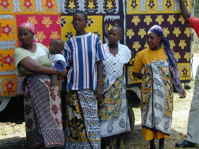 A Cloth of Many Meanings: Khanga's Role in Kenyan Culture