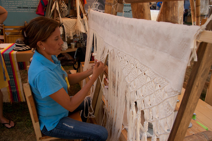 Anilis María Meza Tous is a hammock weaver from Morroa in the Momposino Depression.