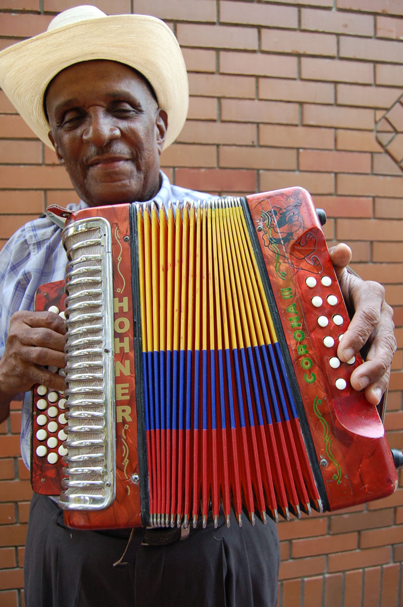 Accordionist Náfer Durán is a master of vallenato music, which originated on the Colombian Caribbean coast and evokes an ebullient, neighborly way of life common to the towns and ranches in the nearby flatlands of La Guajira and Cesar departments.