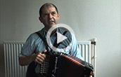 Welsh: Accordionist Gito Davies