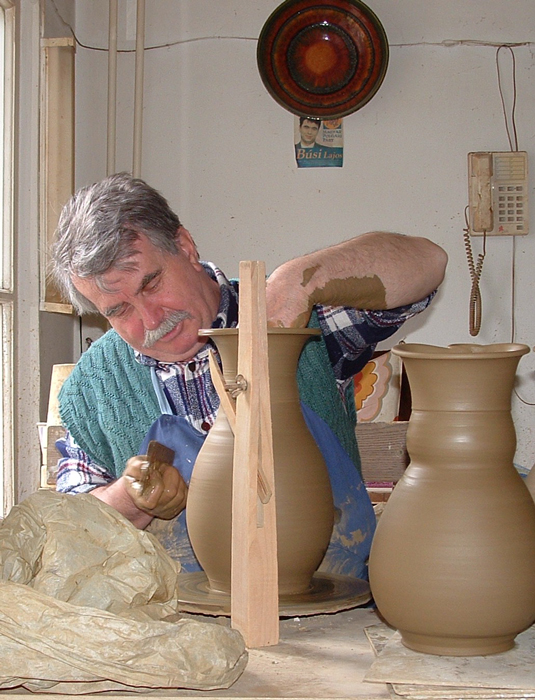 Lajos Busi is a master potter in the town of Mezõtúr, where the tradition of pottery-making is still carefully maintained in the community.