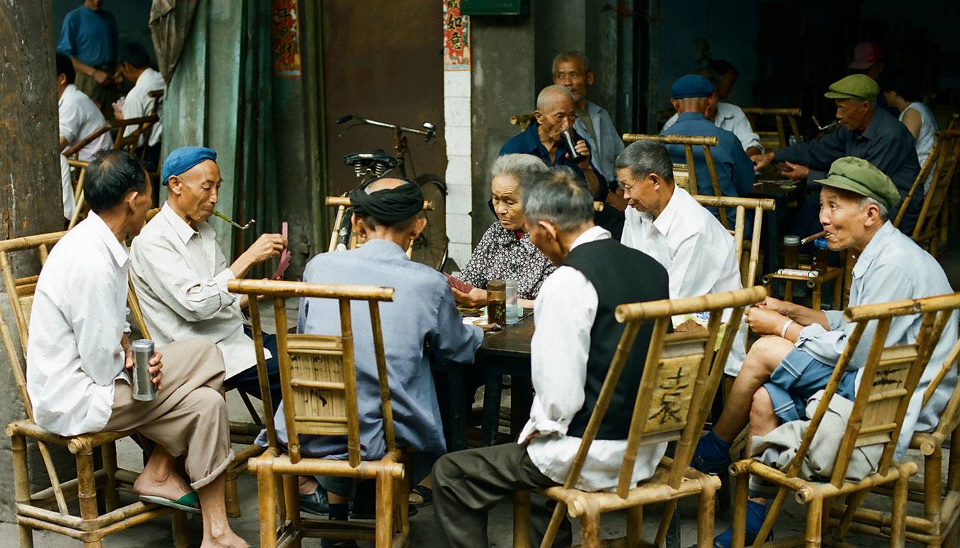 Friends gather for card games at a teahouse in Sichuan Province, 2004. Photo by and courtesy of Mu Qian