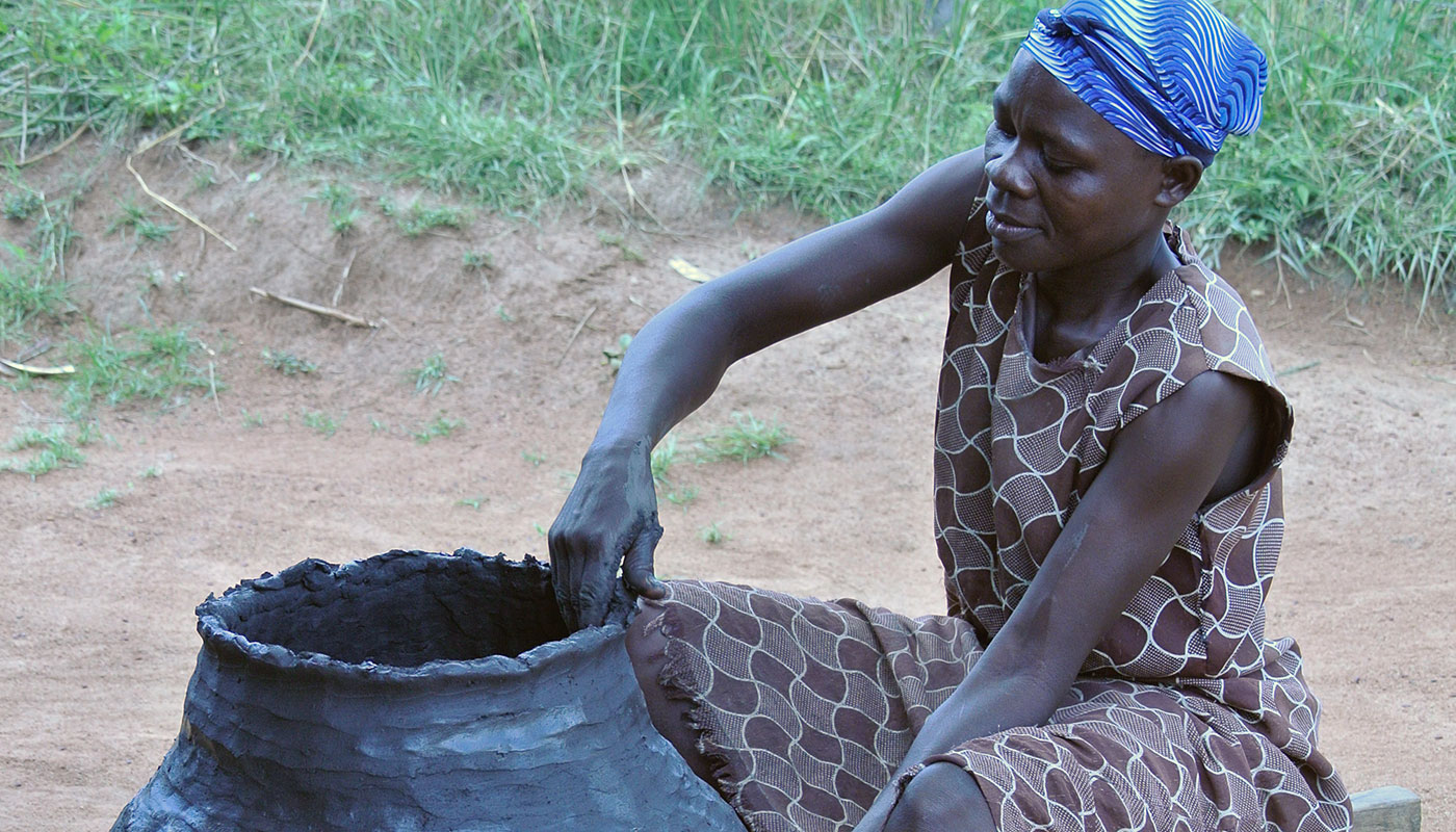 Pottery-making is an important craft in many Kenyan communities. Near Lake Victoria in western Kenya, large clay pots are shaped and fired for use as cisterns to collect and store rainwater needed during dry periods. Photo by Preston Scott