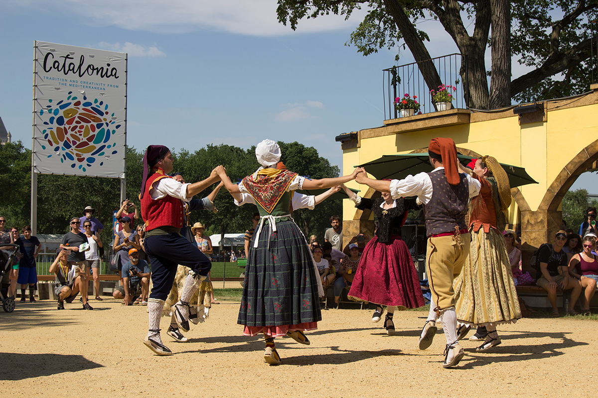 Sardanas dance from Catalonia