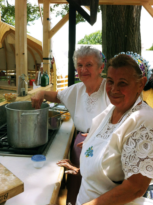 Ilona Bolvári and Éva Bagó preparing <em>krumpli gombóc</em>. Photo by Lili A. Kocsis