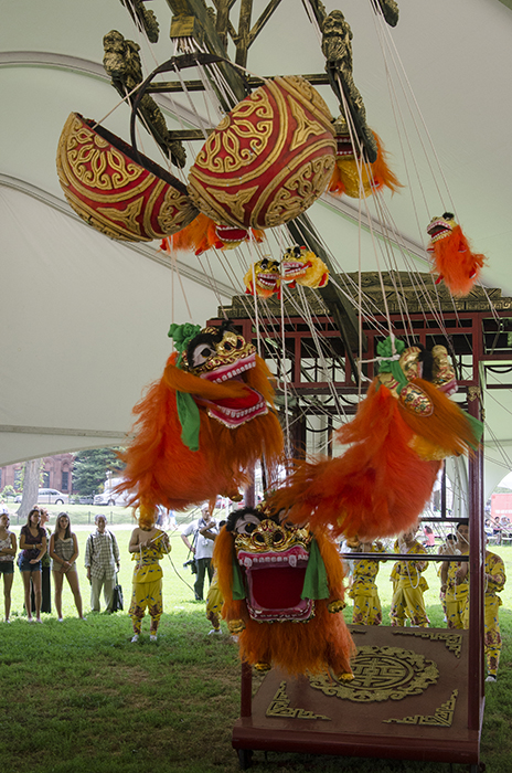 The Zhejiang Wu Opera Troupe's dragon-lions come to life.