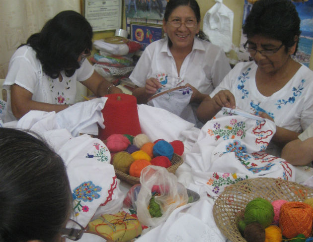 Monsefú embroiderers create garments for Marinera dancers. Photo by Jackie Flanagan Pangelinan, Ralph Rinzler Folklife Archives