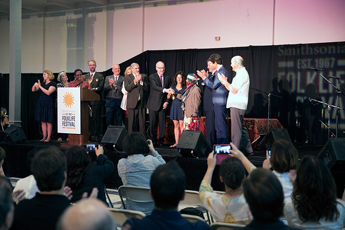 Smithsonian Secretary David Skorton, Congressman John Garamendi, artists from Basque country and California, and other Smithsonian representatives and partners officially opened the Festival by ringing the ceremonial bell. Photo by Francisco Guerra, Ralph Rinzler Folklife Archives