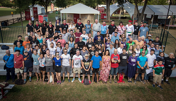 The morning began with a group photo of all the Basque participants. Tomorrow they fly home! Photo by Francisco Guerra, Ralph Rinzler Folklife Archives